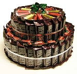 Hershey™ Candy Gift Cake