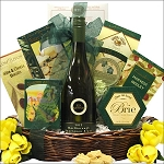 SAVORY EXPRESSIONS: GOURMET WINE & CHEESE GIFT BASKET