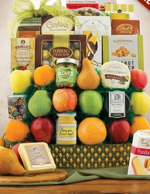 Trafalgar Square Fruity Gift Basket