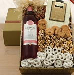 Beringer White Zinfandel and Snacks Gift Basket