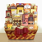 Holiday Gift Basket Centerpiece