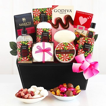 Tiaré Rose Spa Romantic Gift Basket