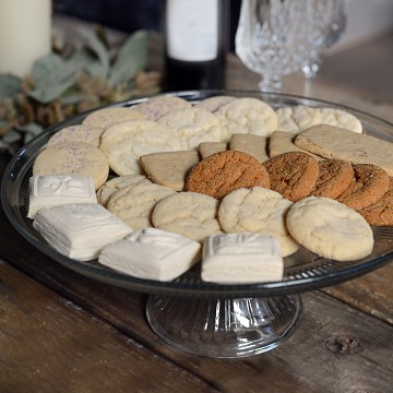 Gourmet Hand Baked Almerle Cookie Assortment Tin with Almond cookies, Gingerbread, Ginger Snaps, Shortbread, Simply Lemon, and Sugar Cookies